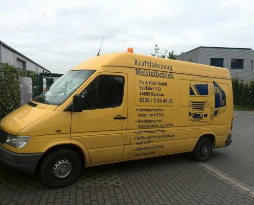 Pannenhilfe - Fix & Flott GmbH - Kfz-Meisterwerkstatt aus Bochum